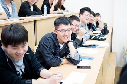 В ЮУрГУ начала работу летняя школа для абитуриентов из Китая