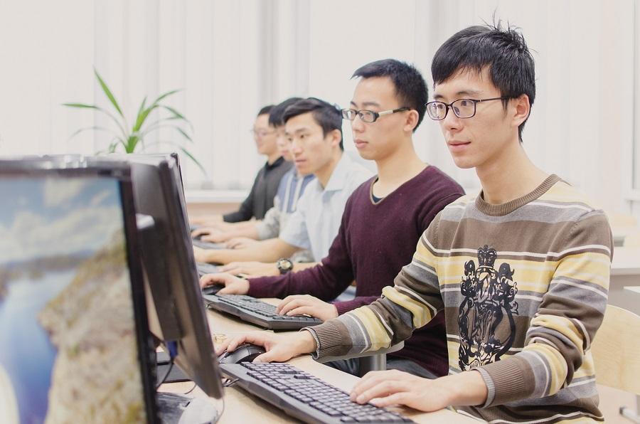 ЮУрГУ запускает уникальные онлайн-курсы для носителей арабского и китайского языков